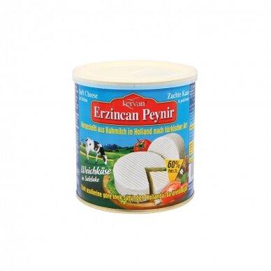 KERVAN Baltas karvės pieno sūris 60%